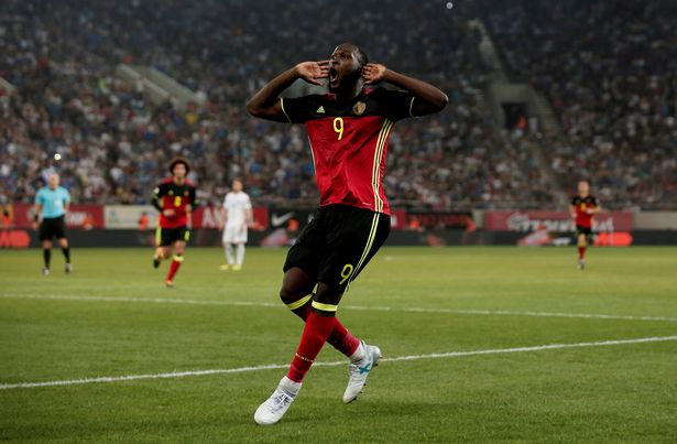 How-Manchester-United-striker-Romelu-Lukaku-celebrated-Belgium-reaching-2018-World-Cup-by-calling-his-Mum