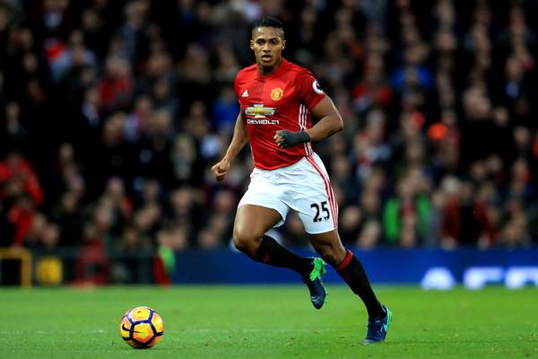 Luis+Antonio+Valencia+Manchester+United+v+zfTzIj72Jfrl