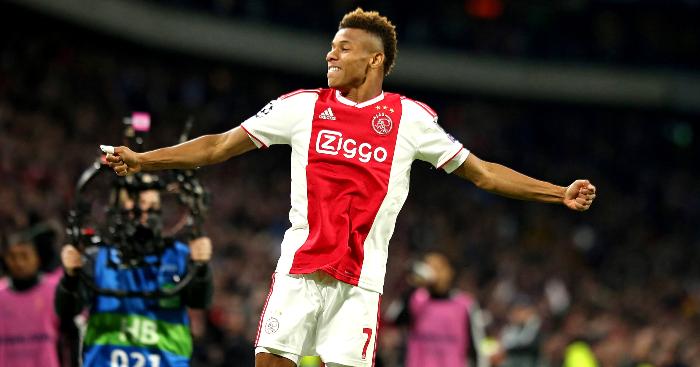 David-Neres-Celebrates-Ajax