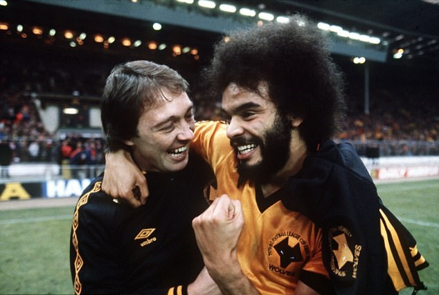 4880FAB800000578-5322603-Berry_celebrates_with_team_mate_Norman_Bell_after_winning_the_Le-a-1_1517169463455