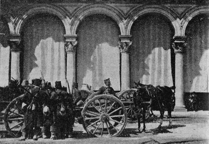 Illustrazione_popolare_1898_-_Artiglieria_in_Piazza_Duomo